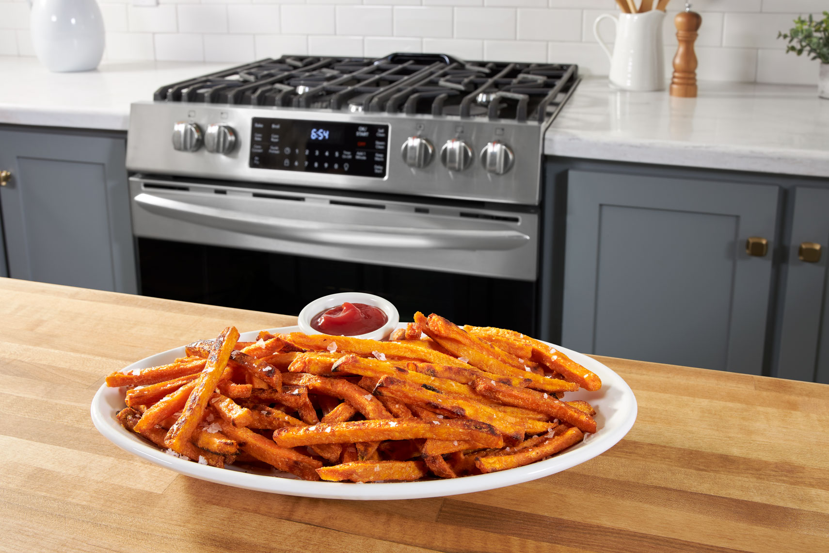 FRIGIDAIRE_SWEET_POTATO_FRIES_0083